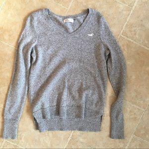 Hollister grey sweater!!
